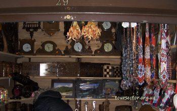 Деревянный рынок
